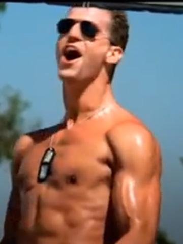 Tom Cruise Abs Top Gun