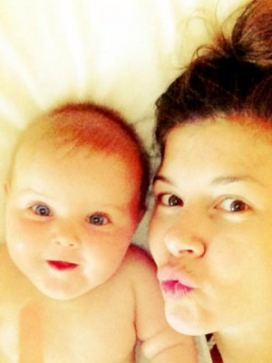Imogen Thomas and daughter Ariana Siena in star baby selfies