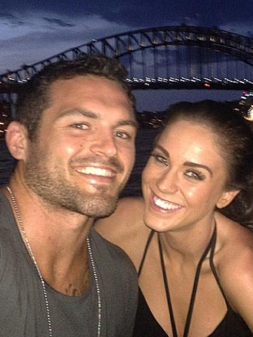 [Image: 00002ab54-Daniel_Conn_and_Vicky_Pattison.jpg]