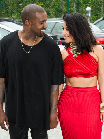 When did kim kardashian started dating kanye