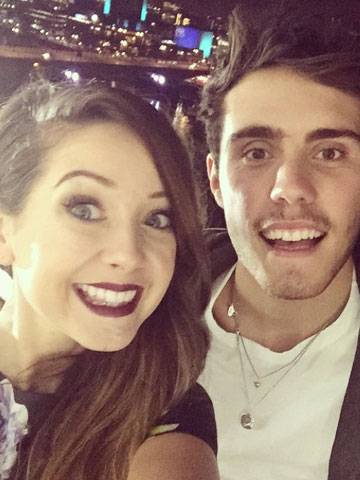 did zoe and alfie dating after divorce