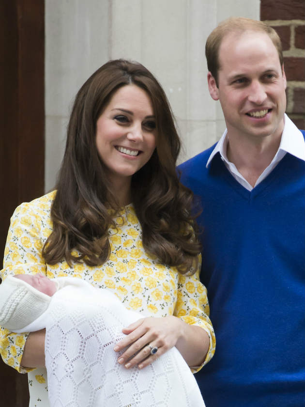 FIRST PICTURES! Kate Middleton leaves hospital with new ...