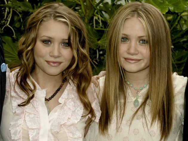 Olsen twins show boobs