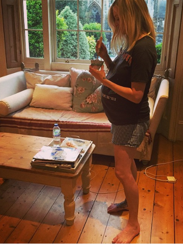 See Fearne Cotton 39 S Pregnancy Diary