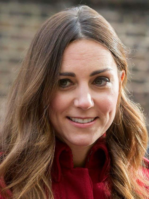Kate Middleton Fans Outraged As Princess Dianas Former Hairdresser