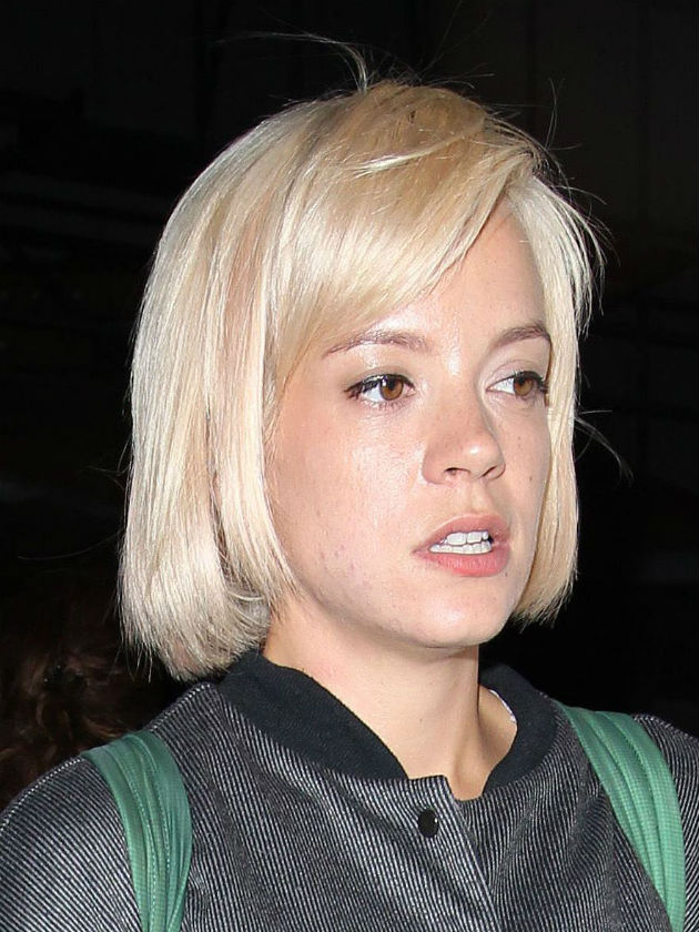 Lily Allen shock 'collapse' at Glastonbury festival!