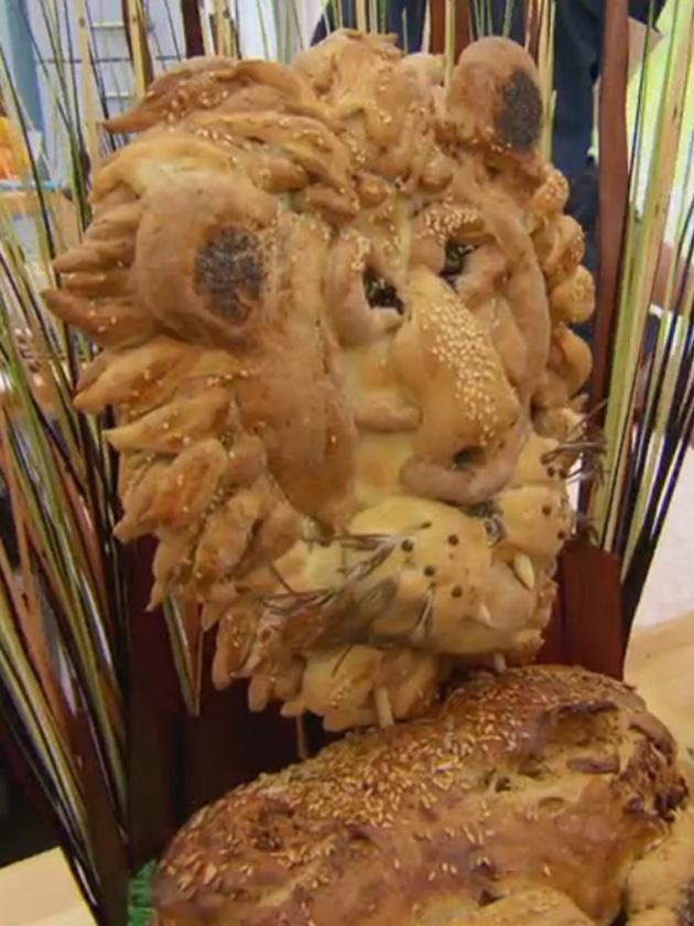 Great British Bake Off Week 3 Kate Henry Reviews