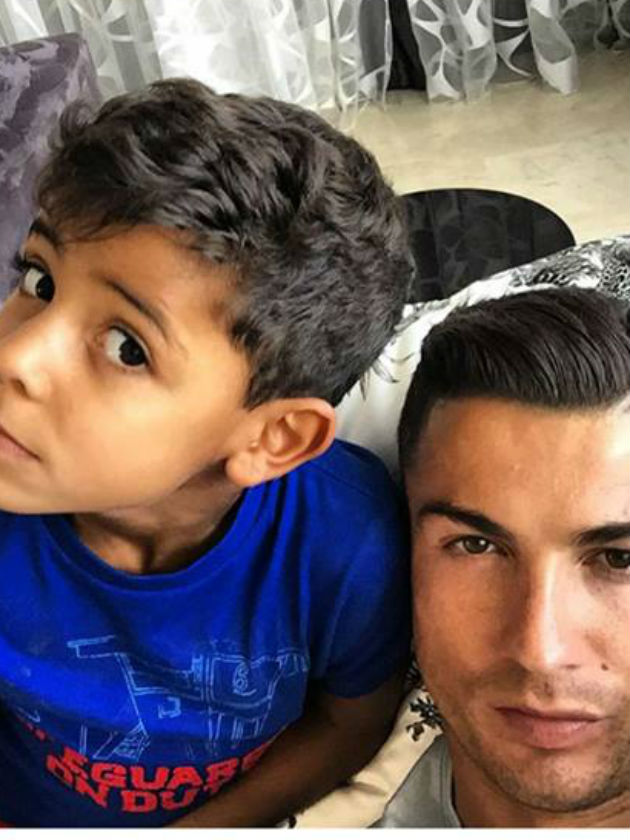 Ro Hks together with N additionally  furthermore Tumblr M C Hsblg Ru Bo additionally Ronaldo. on cristiano ronaldo