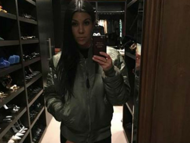 Have You Noticed The Crazy Thing About Kourtney Kardashians Photo