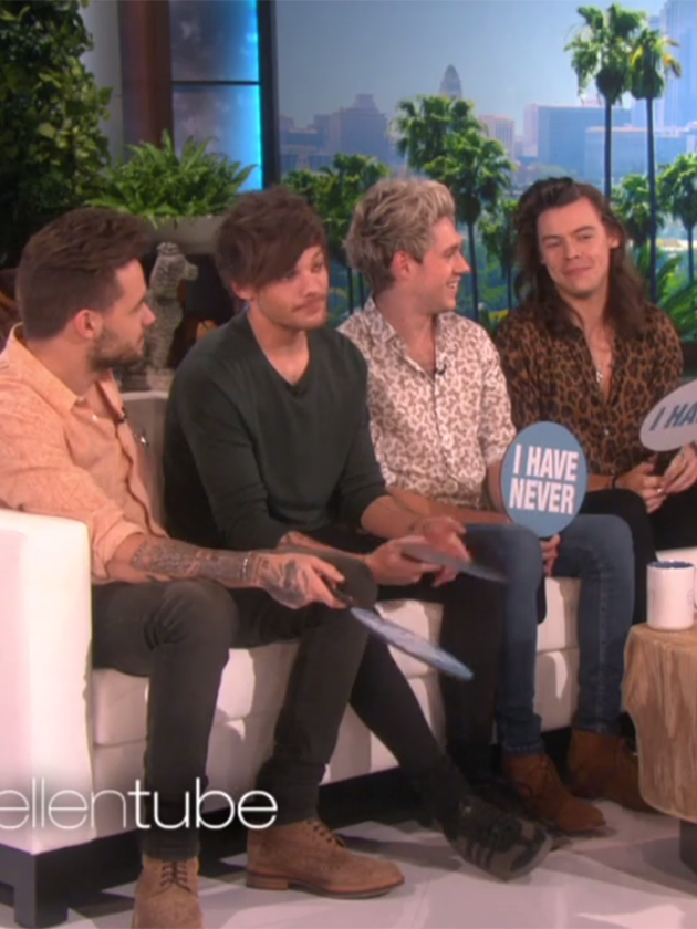 harry styles admits to hooking up with a fan Harry admitted to hooking up with a fan and someone twice his age harry styles gets honest with ellen degeneres: i've hooked up with a.