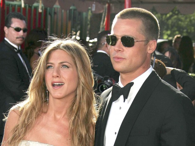Brad Pitt and Jennifer Aniston's secret phone call after Angelina Jolie split revealed 3