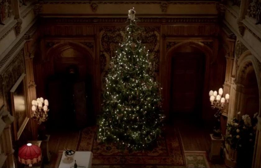 downton abbeys christmas tree - Downton Abbey Christmas Special
