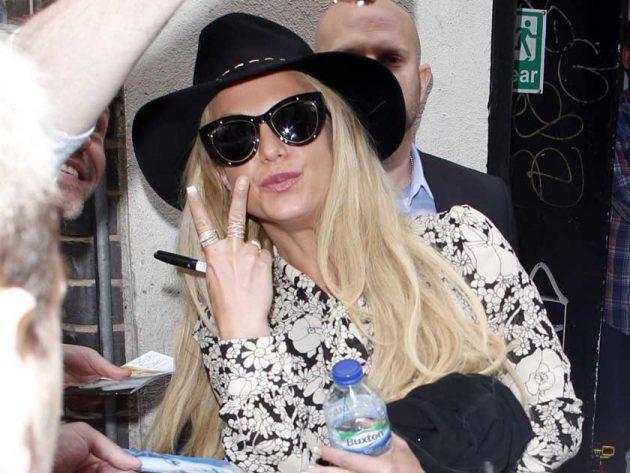 Britney-Spears-V-main-630x473.jpg