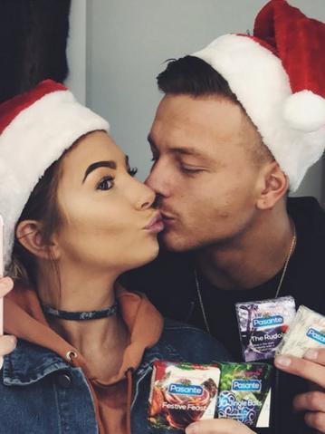 love islands olivia buckland alex bowen defend christmas condoms - Christmas Condoms