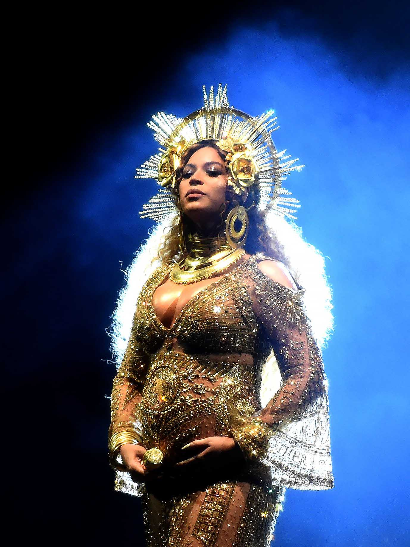 Beyoncé, Carpool Karaoke and a tumble: the best Grammys EVER?