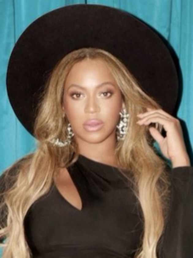Pregnant Beyonce Reveals Huge Baby Bump As Birth Of Twins
