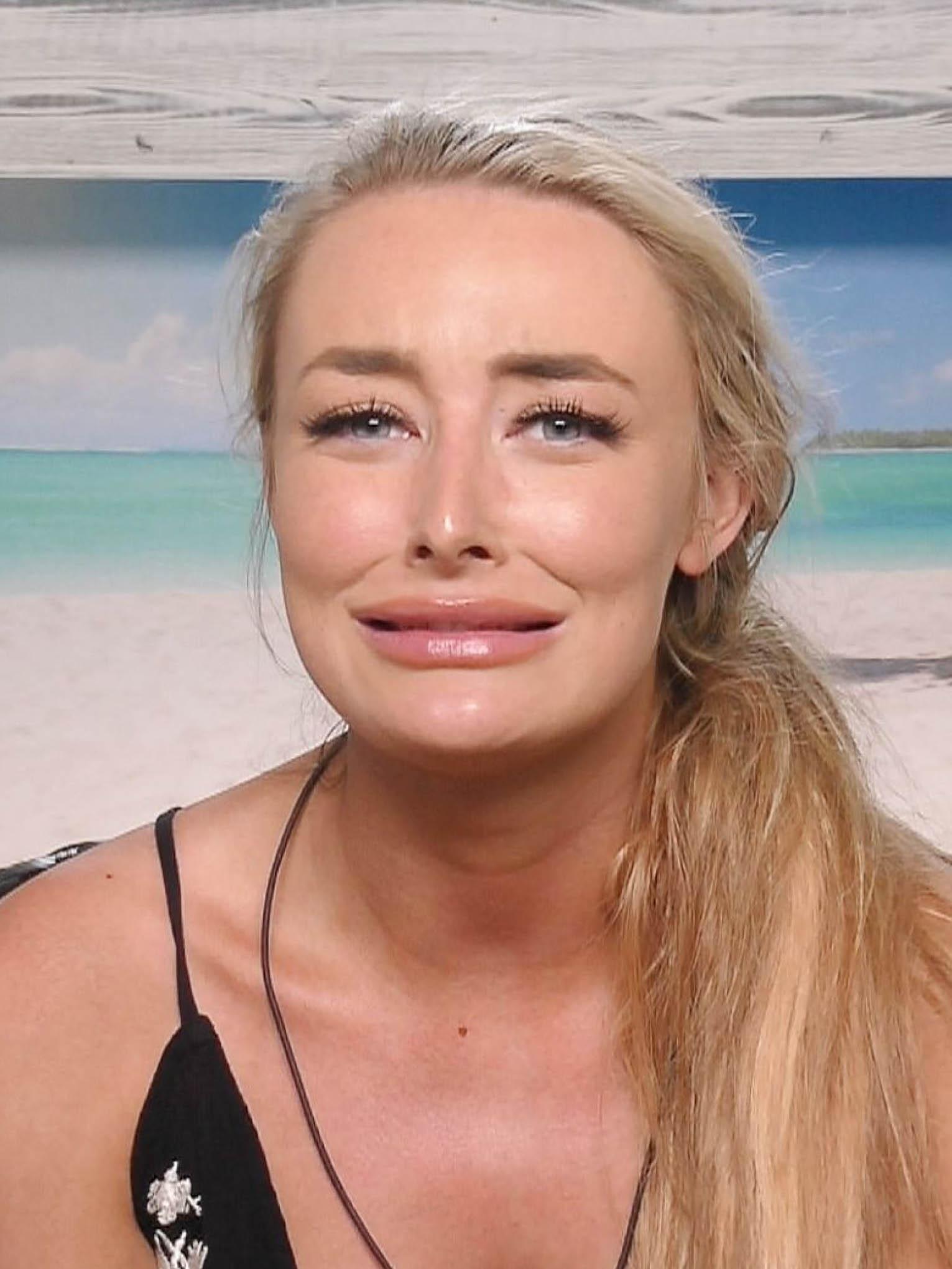 Love Island Chloe Crowhurst Best Friend Denies Her