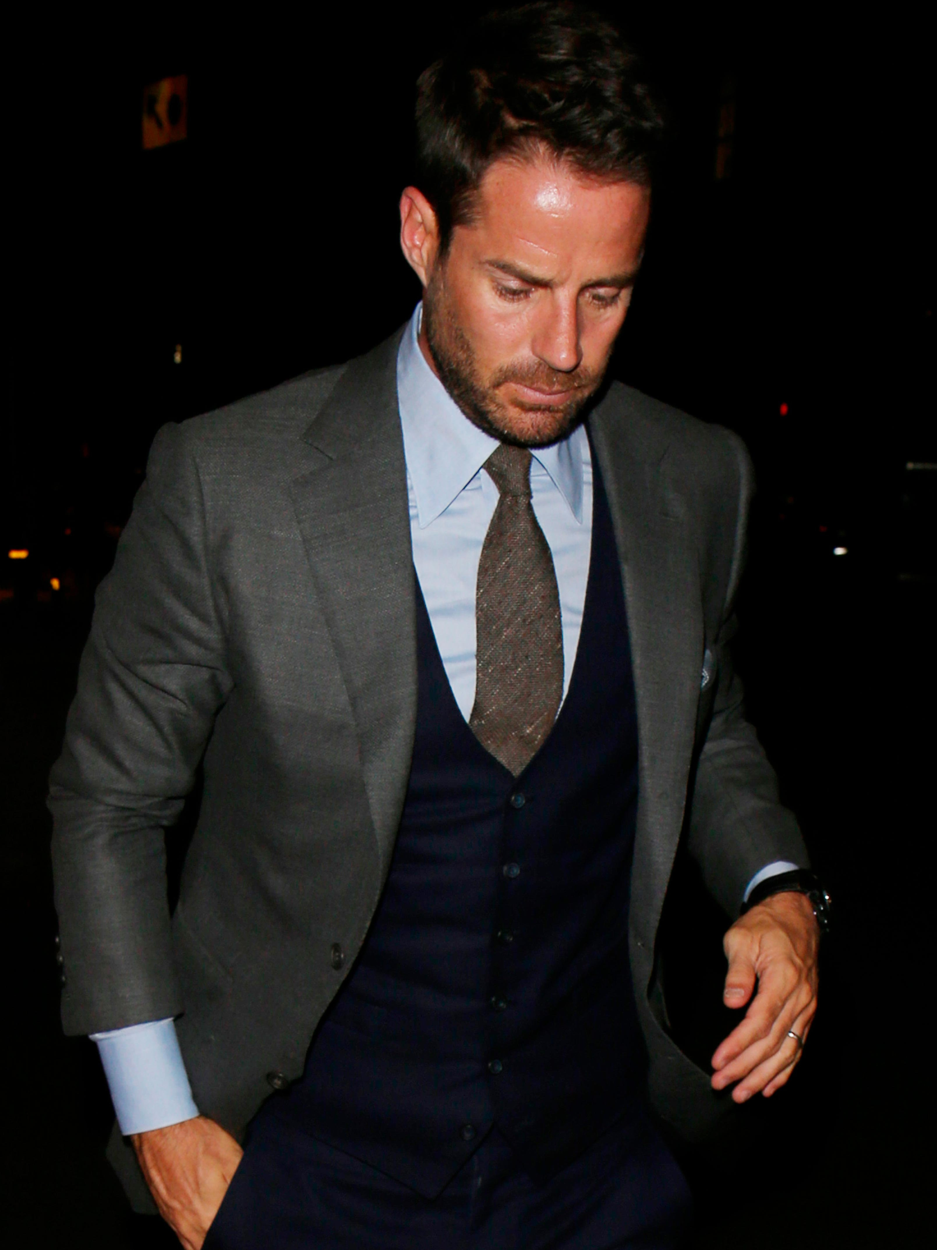 Jamie Redknapp seen without his wedding ring on