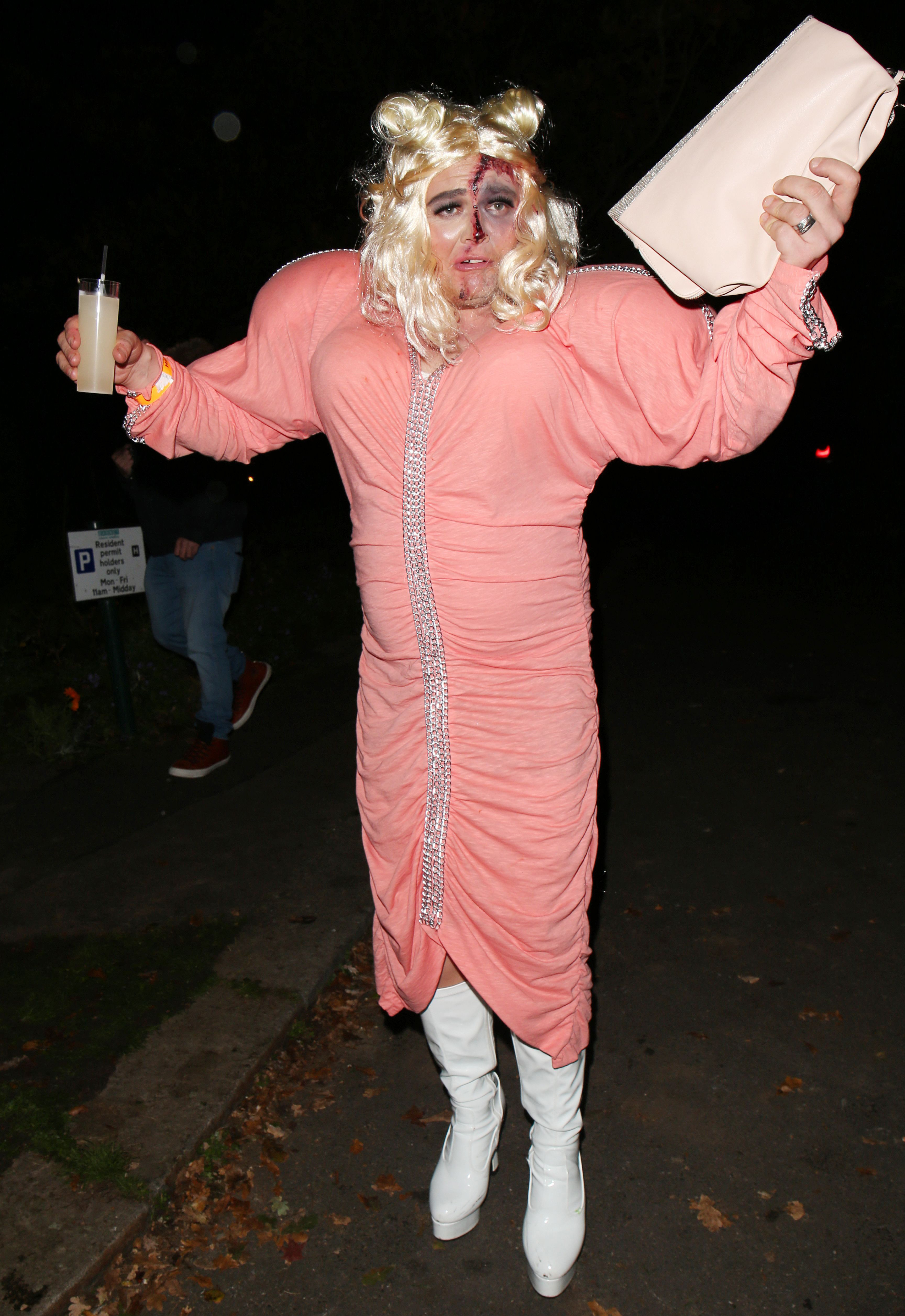 Alan Carr Dresses As Gemma Collins For Halloween And It S