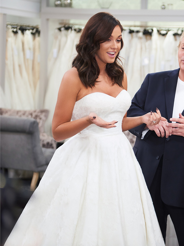 Omg Pics Is This Vicky Pattison S Wedding Dress