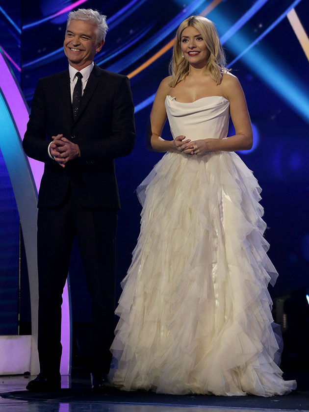 Holly Willoughby The Breathtaking White Gown