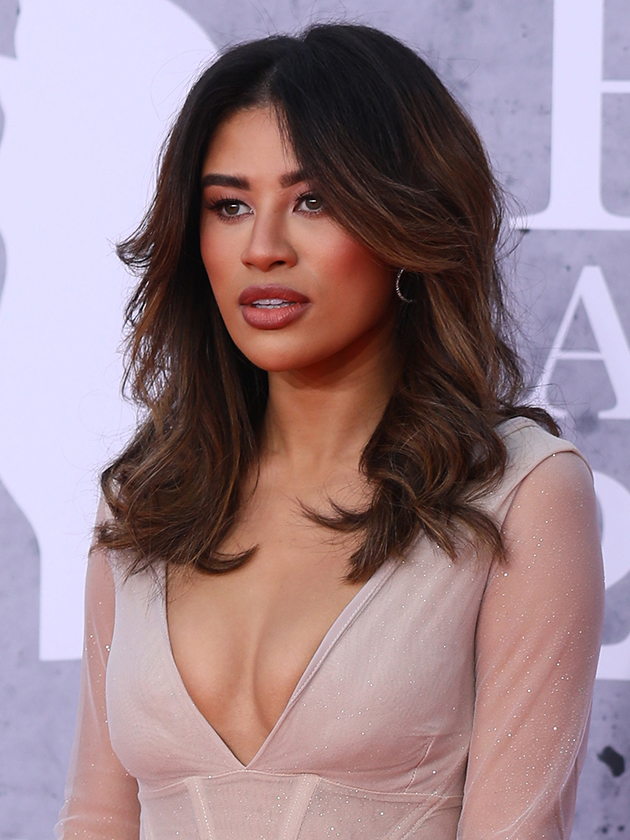 Brit Awards Love Island S Montana Brown Shows Bum In