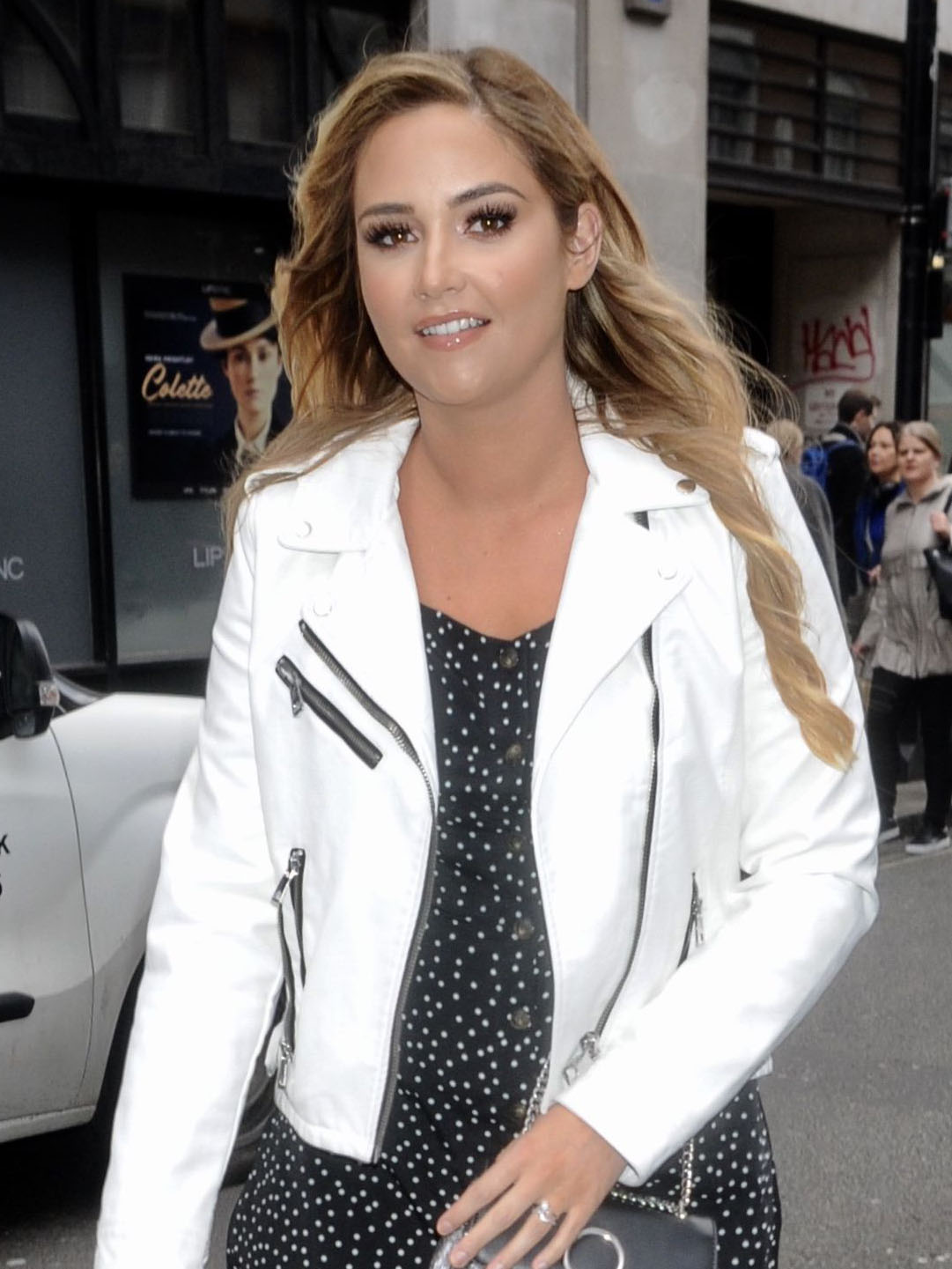 Jacqueline Jossa admits she isn't 'feeling as confident as she wanted' in bikini holiday snap