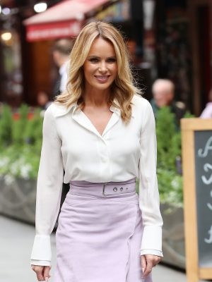 Amanda Holden makes HUGE career move after 'landing million pound deal': 'She is very excited!' 2