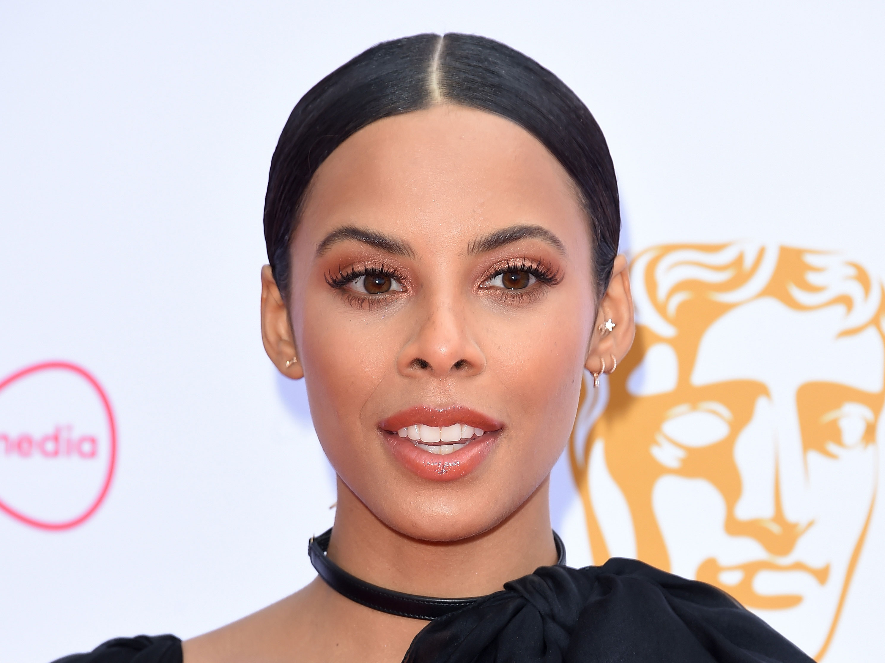 Rochelle Humes' sister looks unbelievably similar to her in THIS stunning family pic