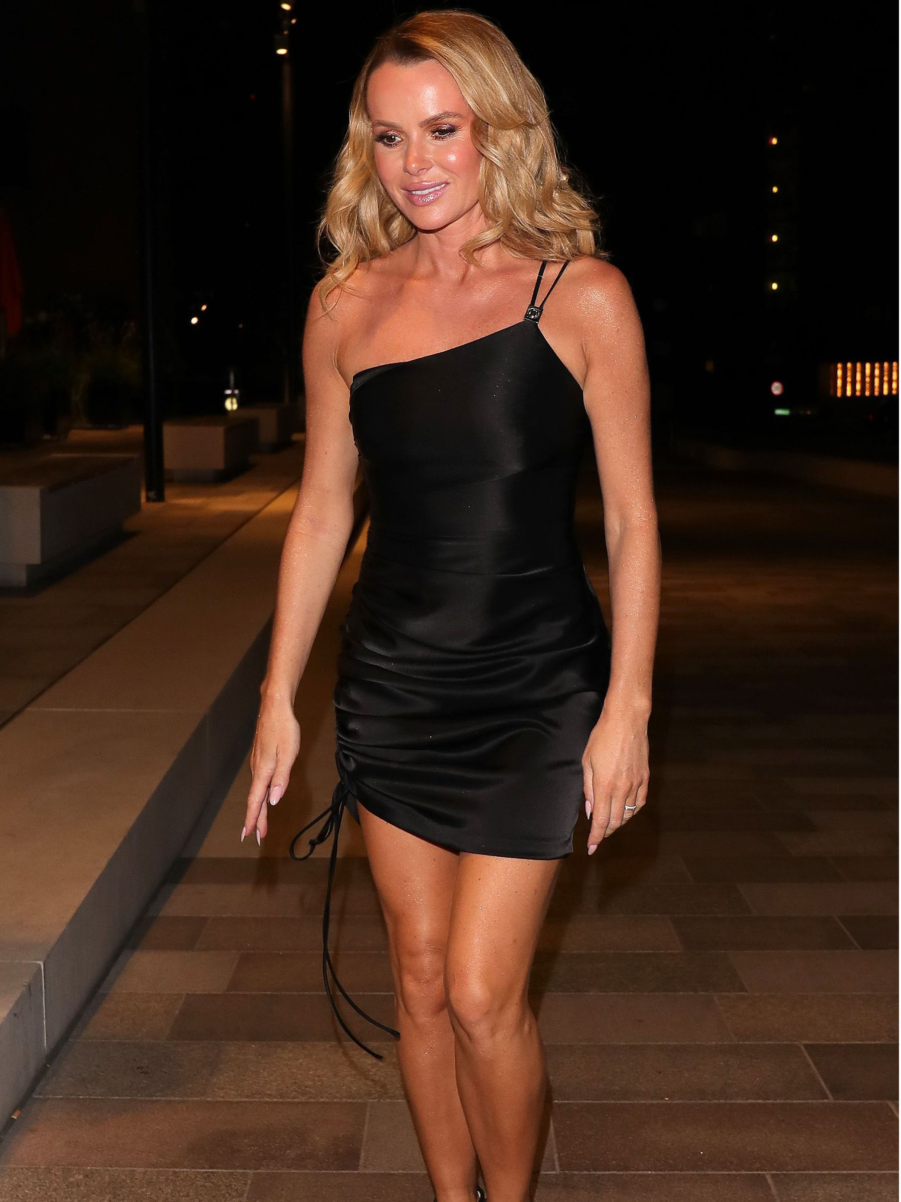 Amanda Holden Tits amanda holden stuns in little black dress following