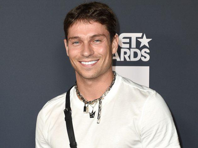 MTV Cribs returns TOWIE Love Island stars