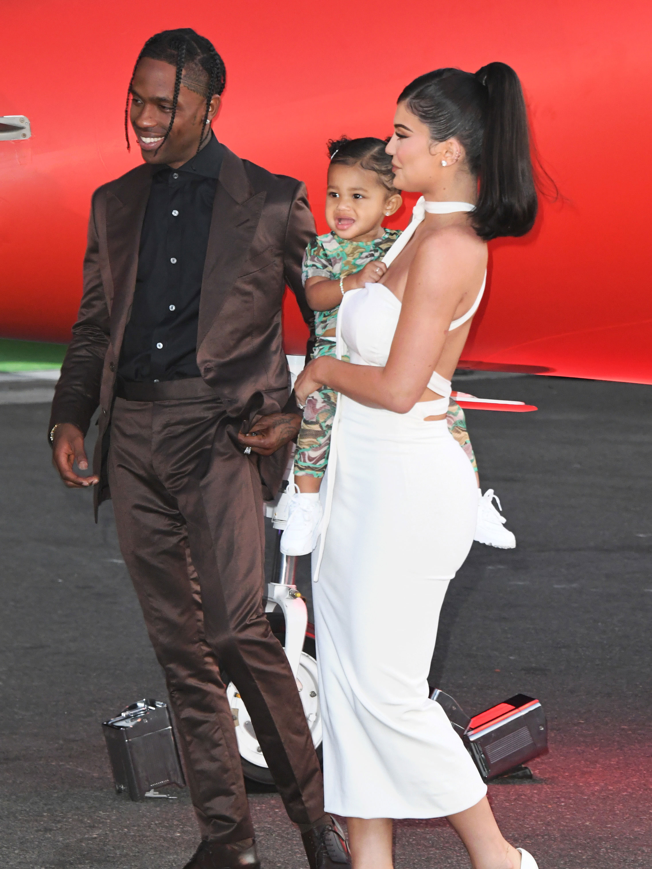 This is why Kylie Jenner's fans think she and Travis Scott are already back together