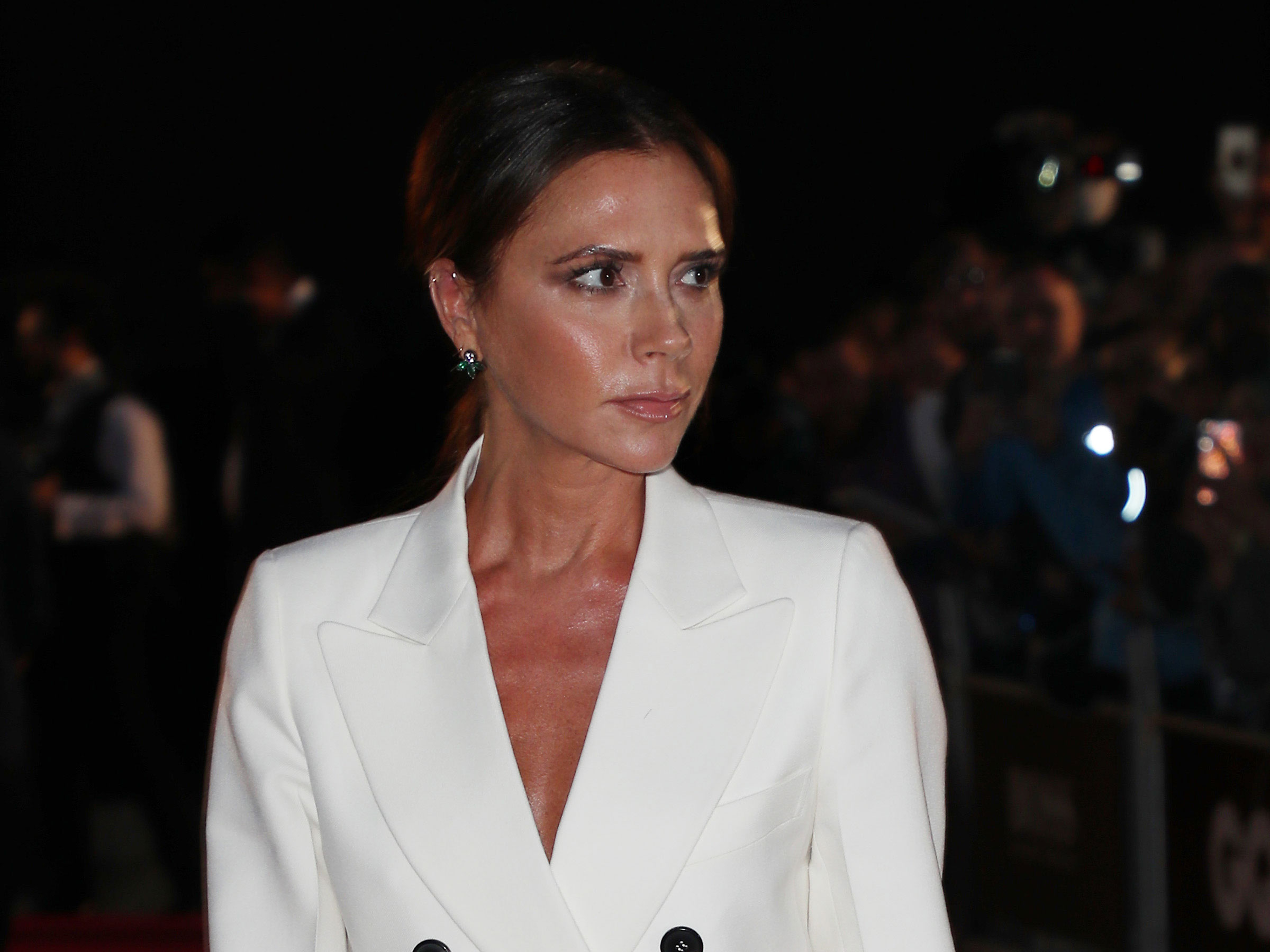 Victoria Beckham just did something she's never done before and fans can't believe it
