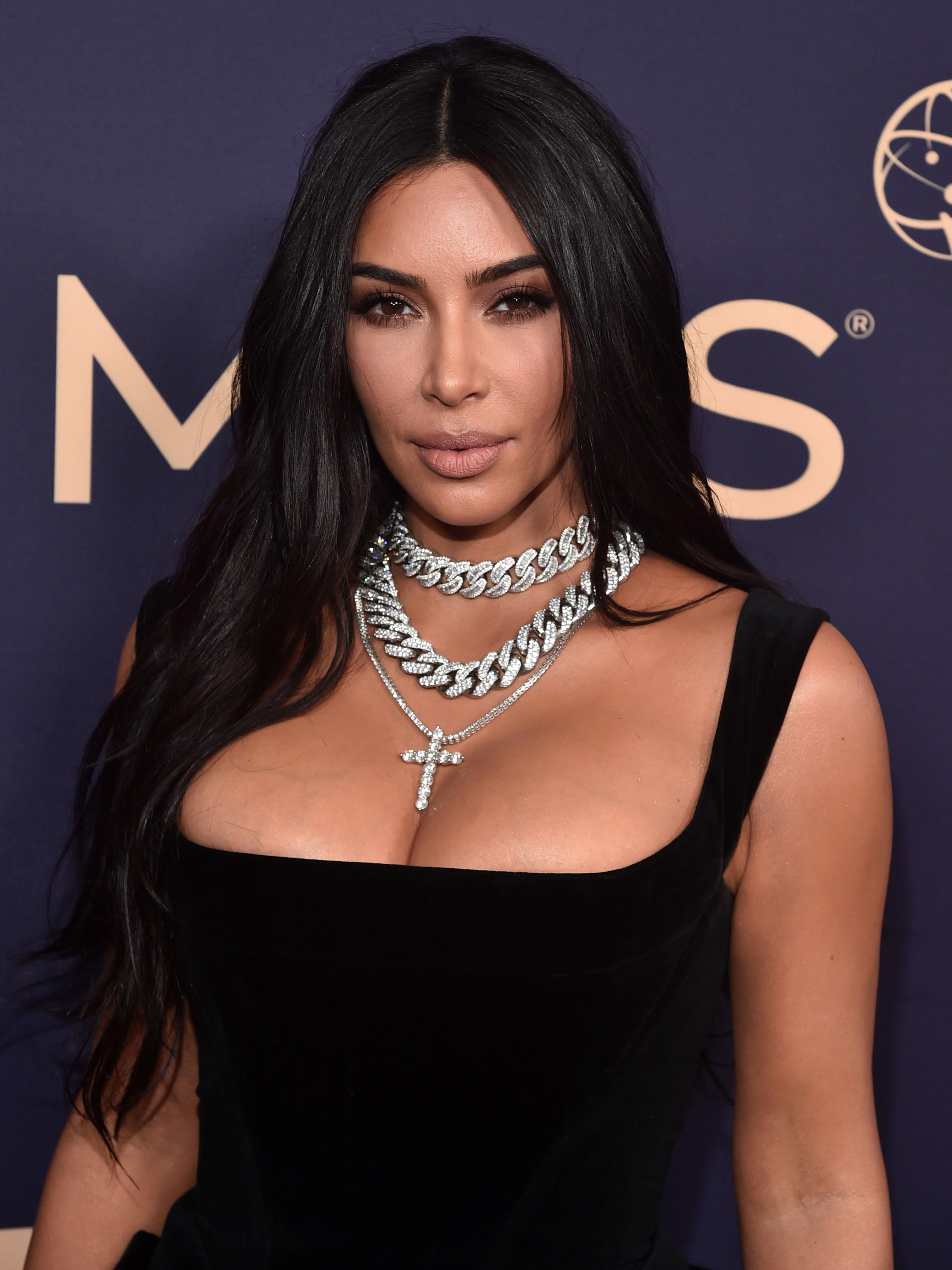 Kim Kardashian shares terrifying details of being held at gunpoint in Paris robbery