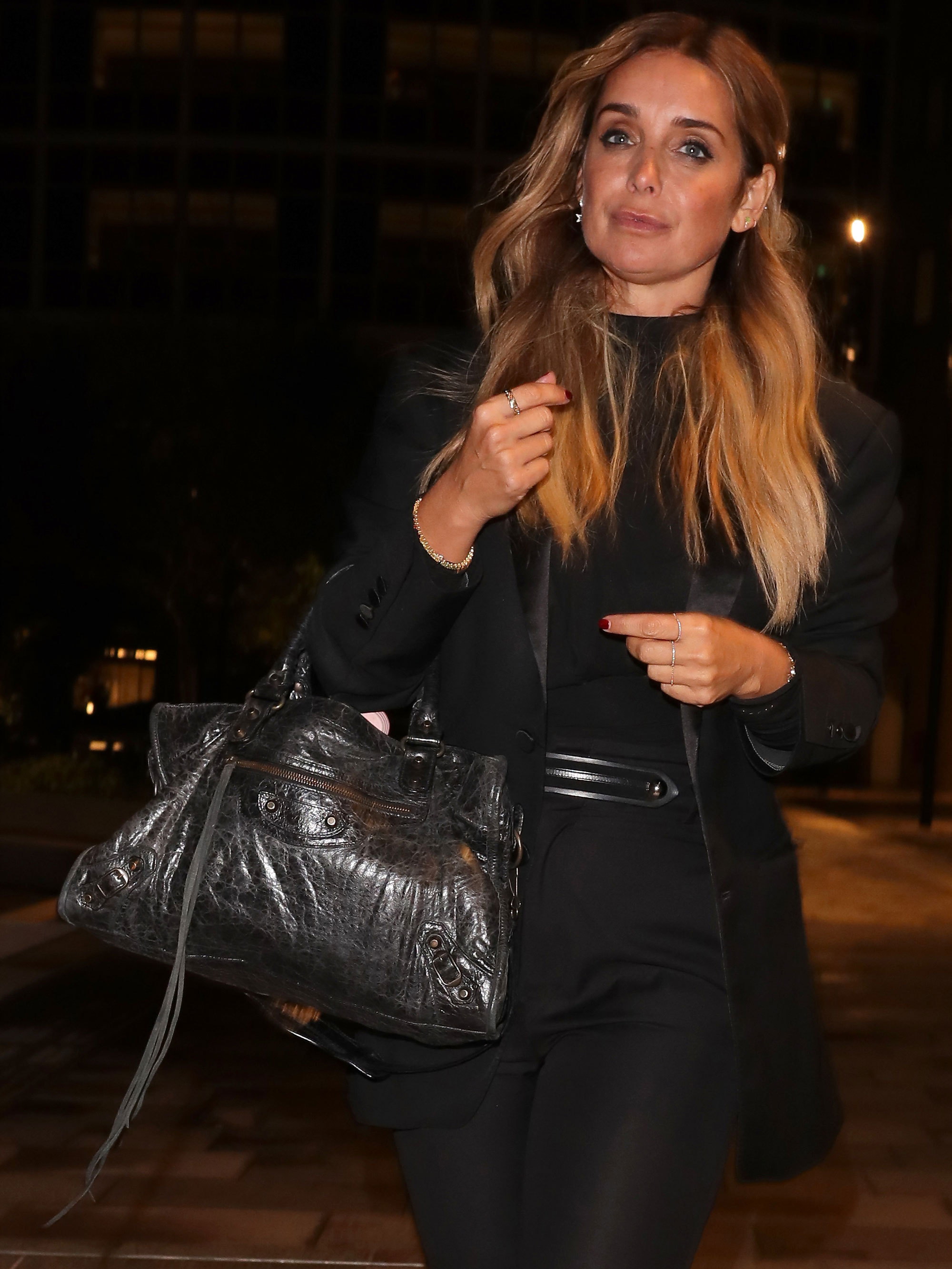 Louise Redknapp wows fans as she bares toned stomach in work out gear