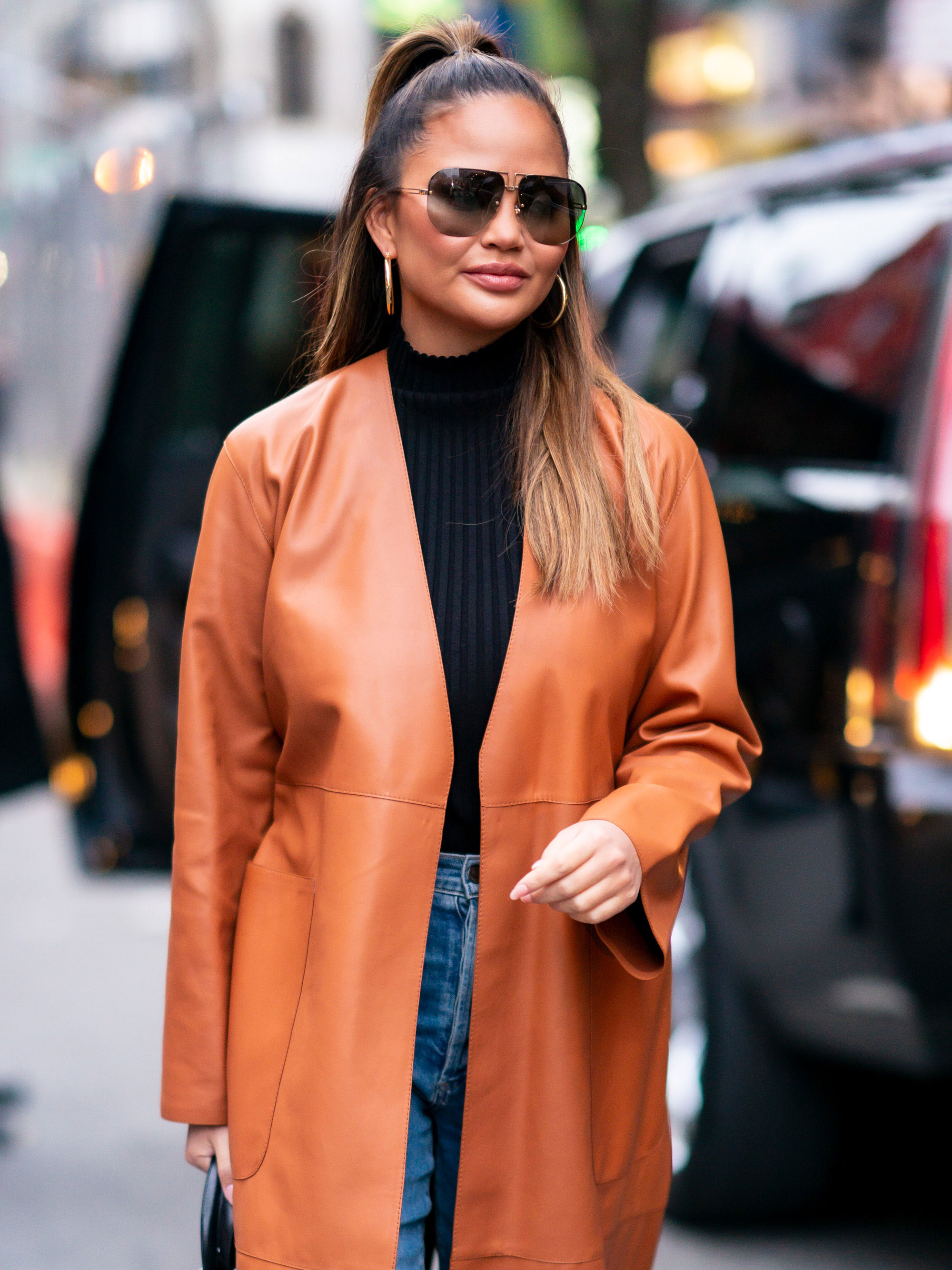 Chrissy Teigen reveals the sneaky way celebrities go unspotted at airports