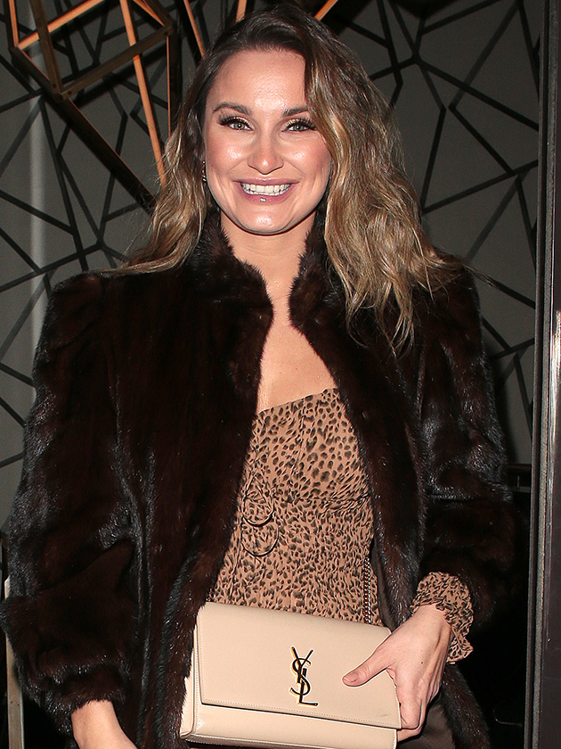 Sam Faiers wows fans as she sizzles in holiday bikini snap