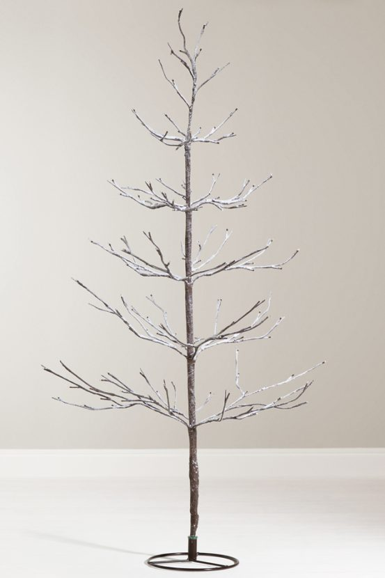 - The Best Christmas Trees And Wreaths From Woman Magazine