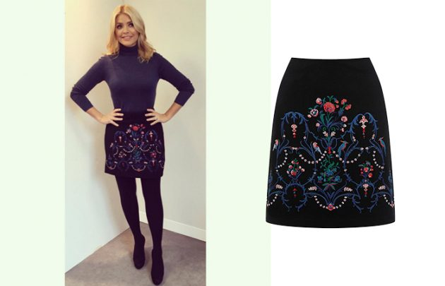 holly willoughby style oasis