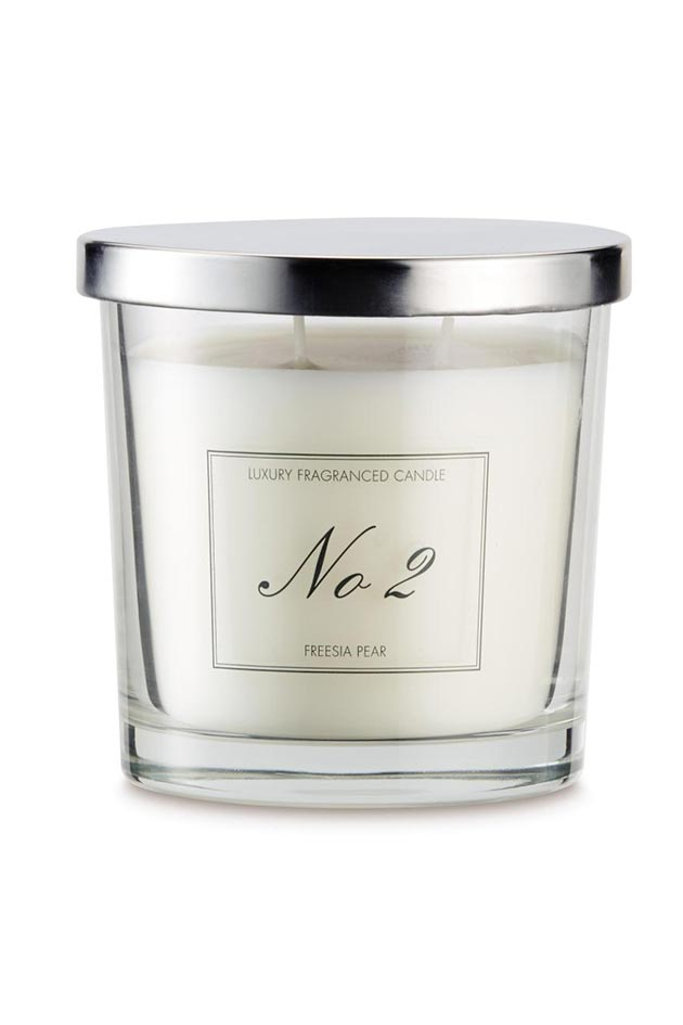 Christmas Candles That Will Make Your Home Smell Amazing