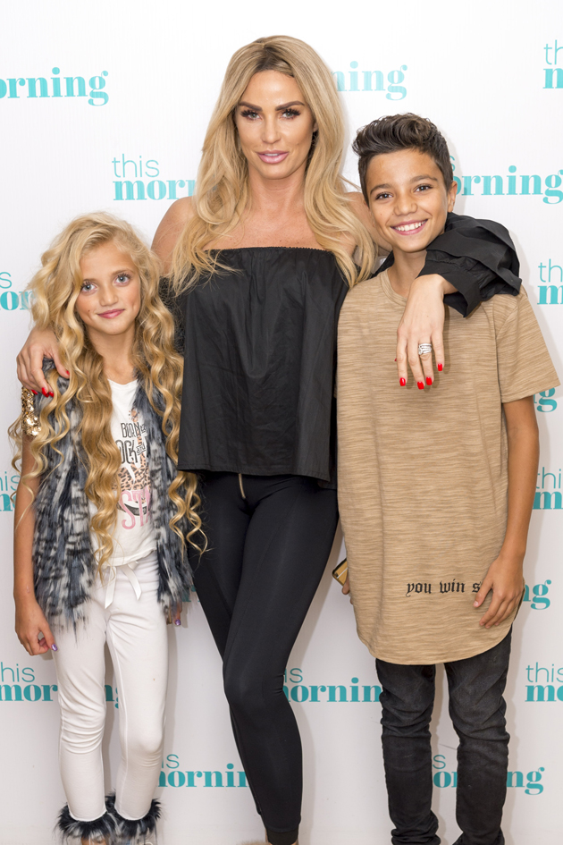 More Heartache For Katie Price As Princess And Junior To Miss Possible Last Christmas With Their Gran Amy Woman Magazine