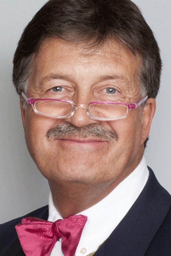 Bargain Hunt Presenter Tim Wonnacott To Join Exclusive Woman & Home Antiques Cruise
