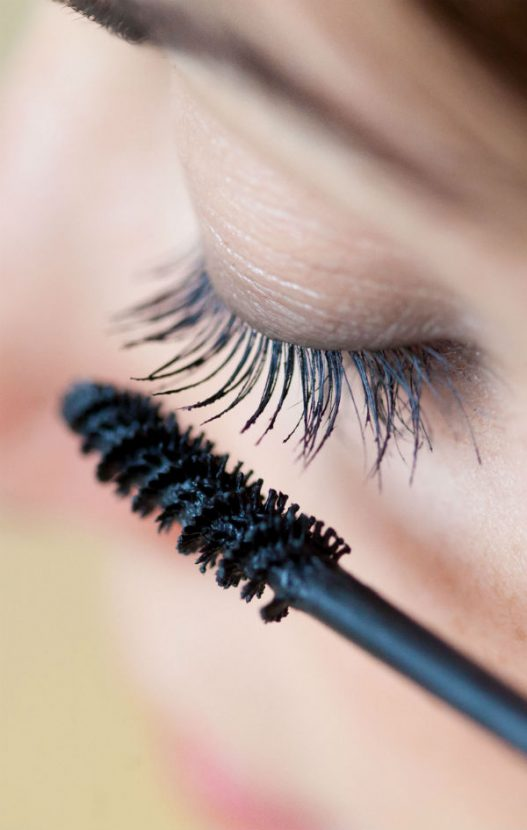 This Eyelash Extensions Horror Story Is The Stuff Of Nightmares