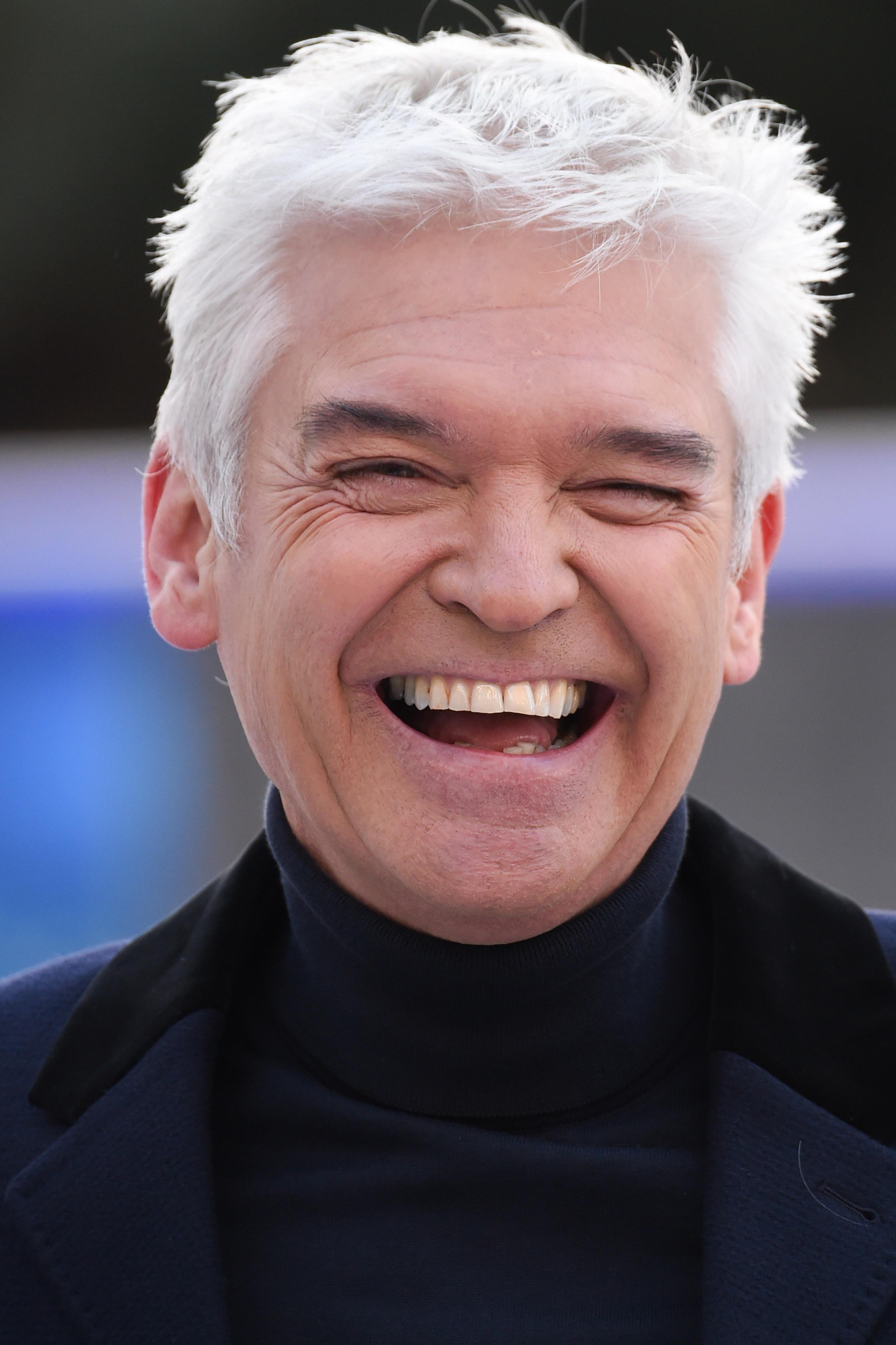 phillip schofield leaves fans in hysterics with hilarious. Black Bedroom Furniture Sets. Home Design Ideas