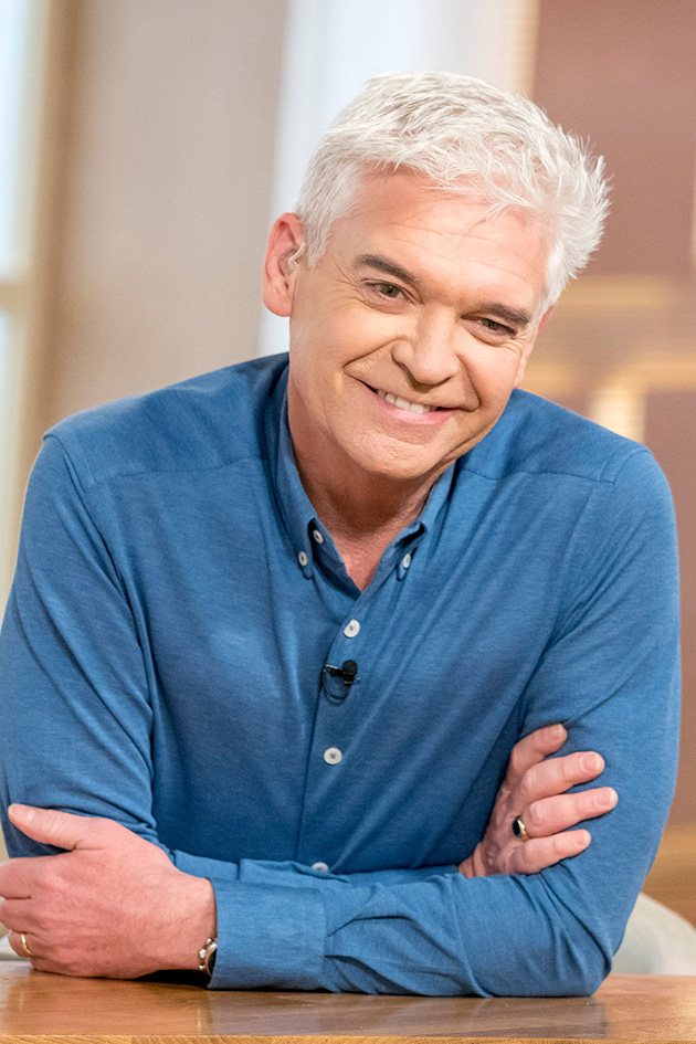 Phillip Schofield Leaves Fans In Stitches As He Flashes Bare Bum In Video-1046