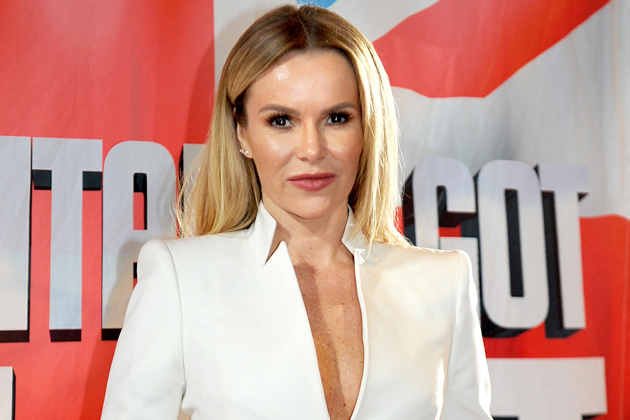 Amanda Holden STUNS fans with gorgeous bikini snap