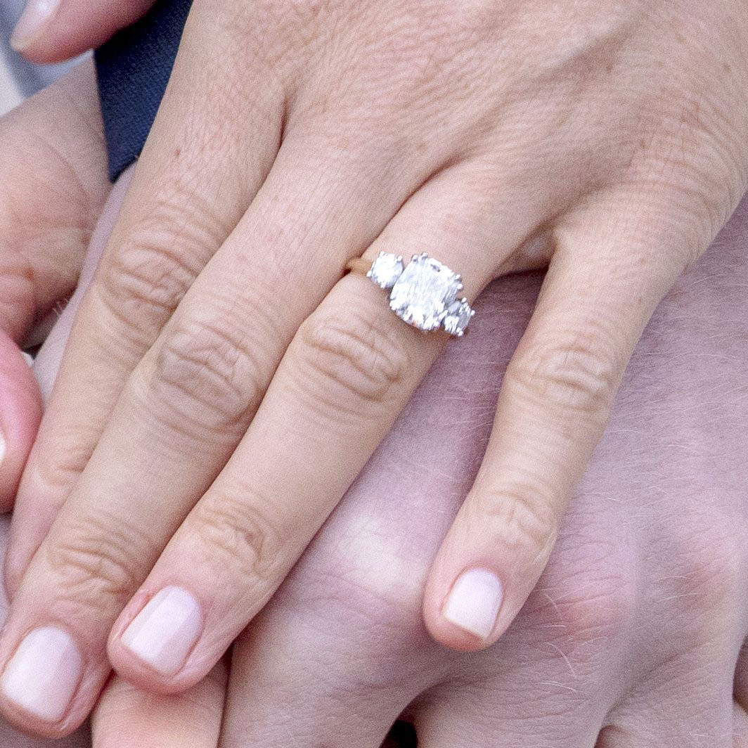 Argos Are Selling A Copy Of Meghan Markle S Engagement Ring For Just 15