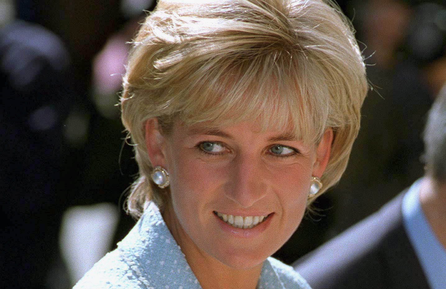 The heartbreaking reason Diana stopped wearing Chanel