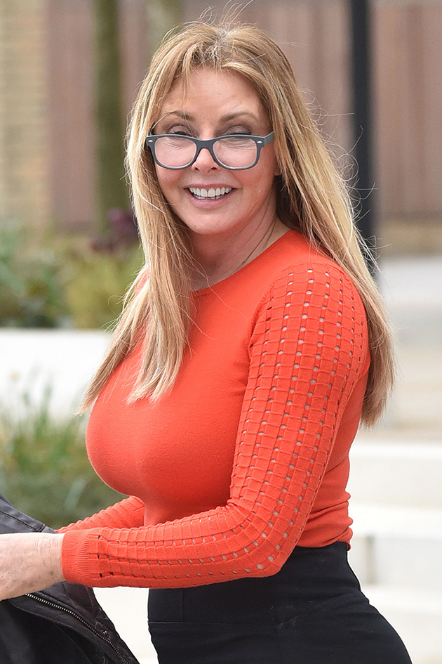 Carol Vorderman Flaunts Curvy Bum In Super Skintight Trousers-5269