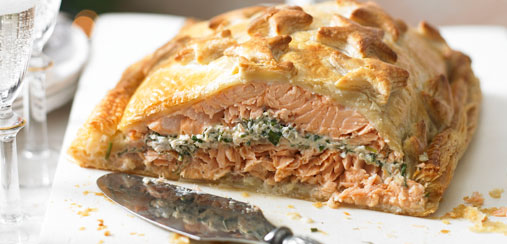 croute share this recipe circulon salmon en croute salmon wellington ...